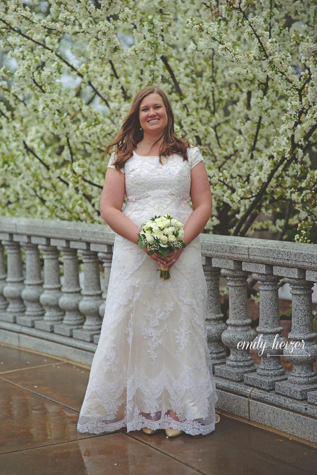 Sacramento Wedding Dress 7 Trend Images by Emily Heizer