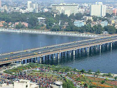 How to SUSTAIN & RETAIN  Real Estate in Surat,सूरत में रियल एस्टेट को कैसे बनाया जाए