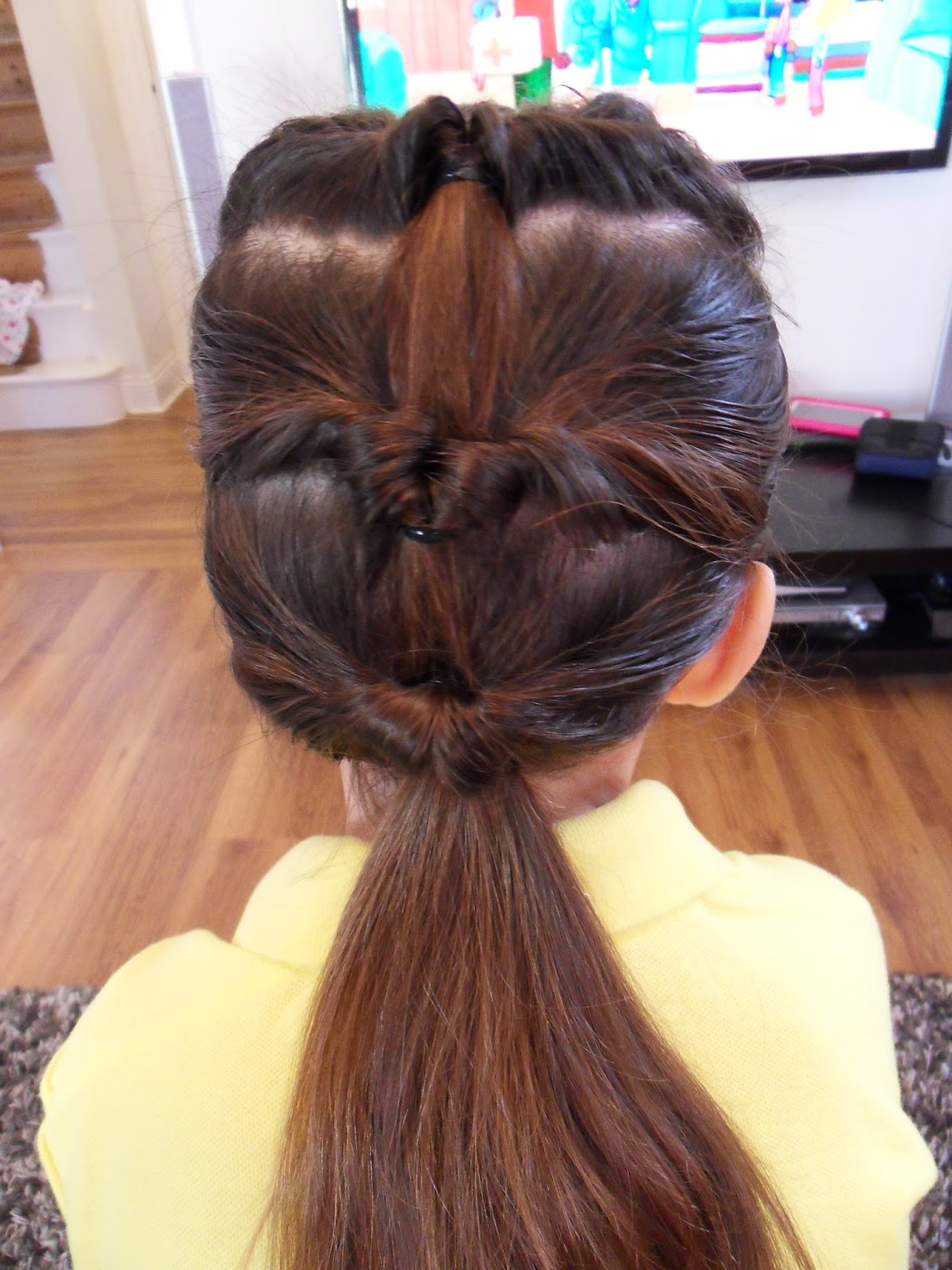 yummy mummy survival: girls hairstyles - triple topsy tail