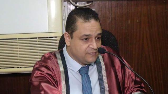 د احمد سالم يهنئ مدير تطوير غرب لحصوله على الماجستير
