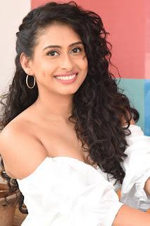 nitya naresh at operation gold fish teaser launch 8