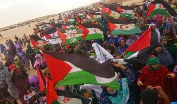 الجماهير الصحراوية تحتفل بالانتصار الذي حققته الدولة الصحراوية في القمة الإفريقية الأوروبية بابيدجان