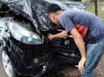Belajar Nyetir, Mobil di Macanang Tabrak Pohon