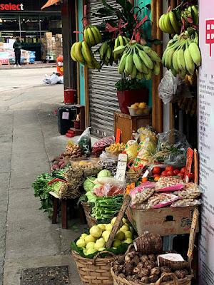 Colorful fruit stall along Sheung Wai
