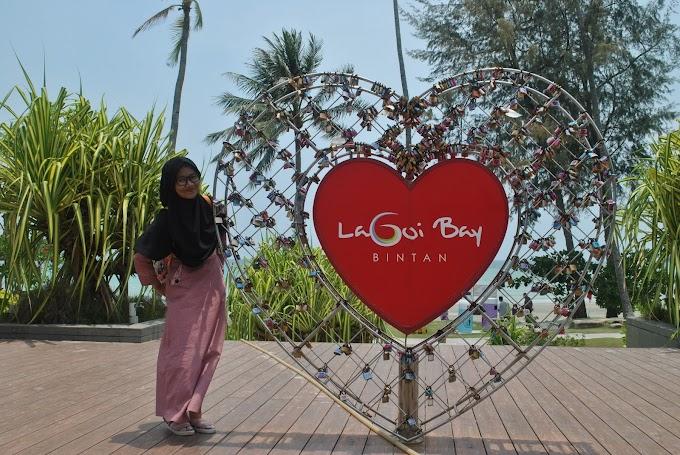 Liburan ke Lagoi Bay dan Pantai Trikora Bintan