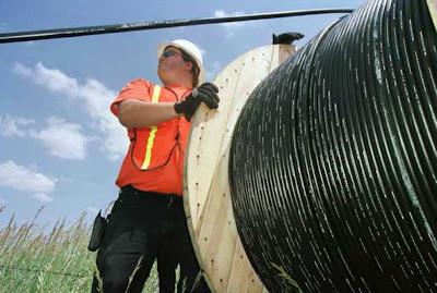 Perú analiza volver a licitar dos proyectos regionales de fibra óptica