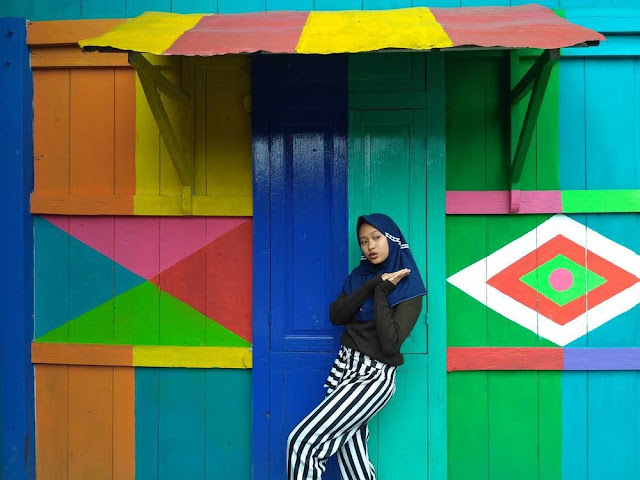 Làng cầu vồng ở Indonesia - Kampung Pelangi