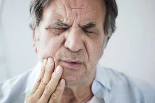 Common Mouth and Tooth Pain Relating to Aging