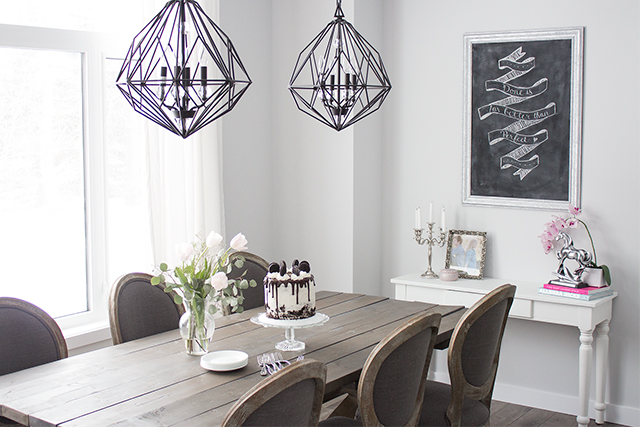Blogger home tour: Inside a bright modern Parisian dining room with a diy farmhouse table.
