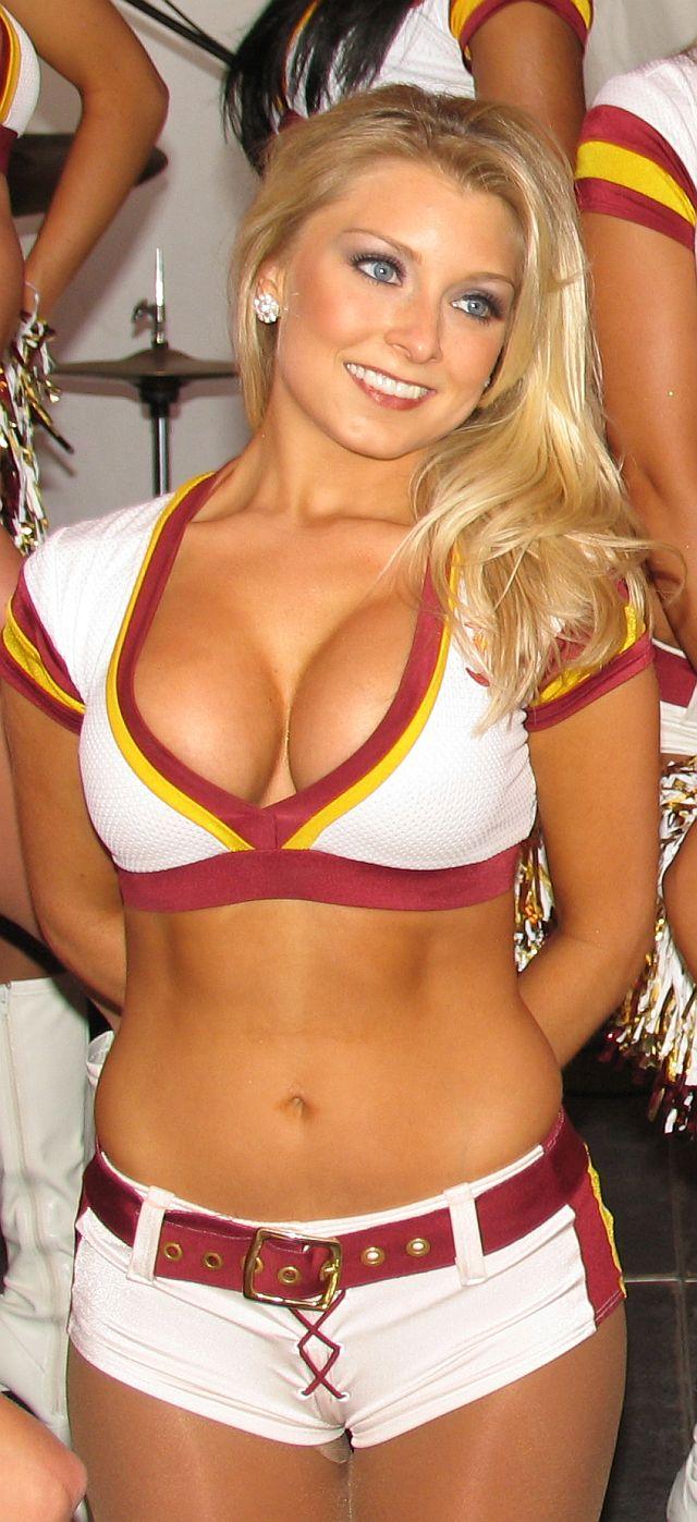 Hot naked cheerleaders