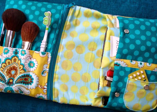 LAVERDE Kosmetiktasche mit Pinselfach, Reisverschluß etc., Kulturtasche, Kulturbeutel