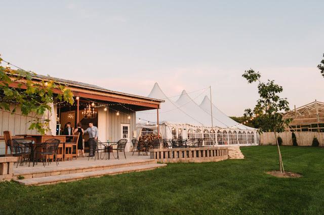 Barn wedding venues illinois junglespirit Choice Image