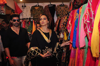 Bollywood Actress Sana Khan Launches Aakrithi Exibition  0348.JPG