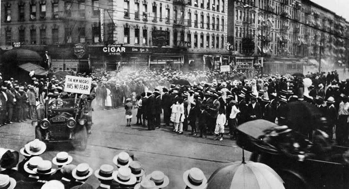 The new negro has no fear - A parade in Harlem 1924