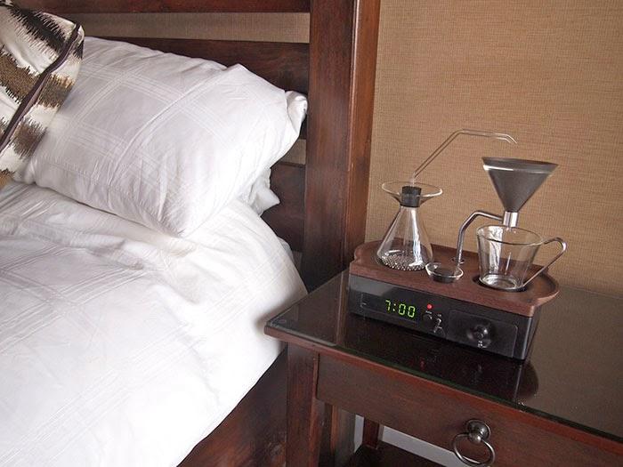omorfos-kosmos.gr - Αυτό το ξυπνητήρι θα σας ξυπνήσει με ένα φλιτζάνι καφέ (Εικόνες)