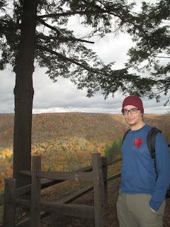 Autumnal Nigel, Leaf shirt