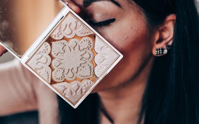 Jak zaoszczędzić na rozświetlaczu? Efektywne rozświetlenie twarzy z luksusowym produktem ALAYA.  - Czytaj więcej »