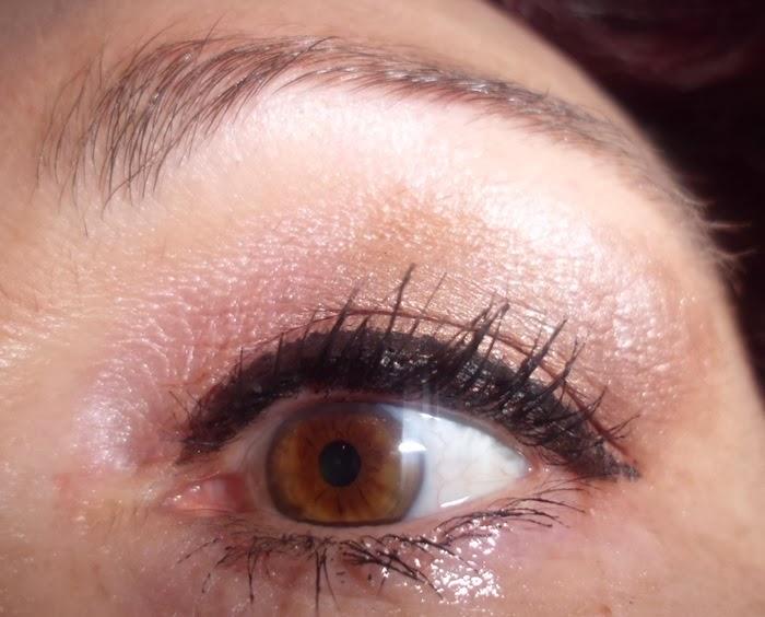 maquillaje de ojos discreto