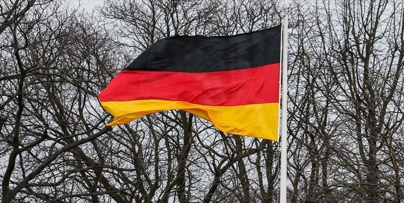 """#كورونا : بعدما بات كورونا """"تحت السيطرة"""" ألمانيا تبدأ رفع العزل."""