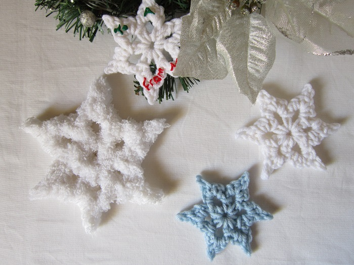free crochet pattern, snowflake, winter, Christmas, decoration, ornament, gift tag, garland, tutorial