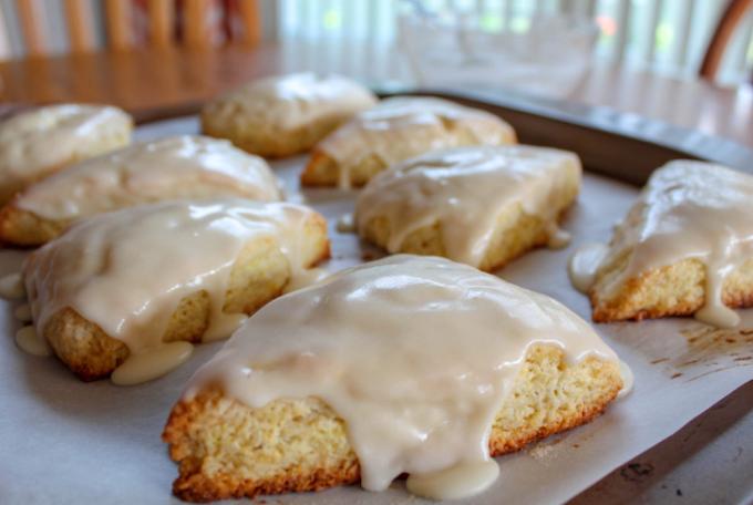 Lemon Cream Scones Recipe #dessert #baking