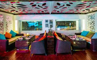express inn hotel in nashik for couples