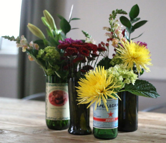 Over On Ehow How To Cut Recycle Wine Bottles Into Modern Glass