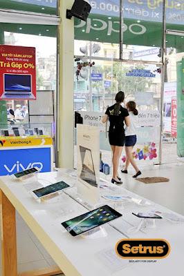 chống trộm laptop tại cửa hàng kinh doanh