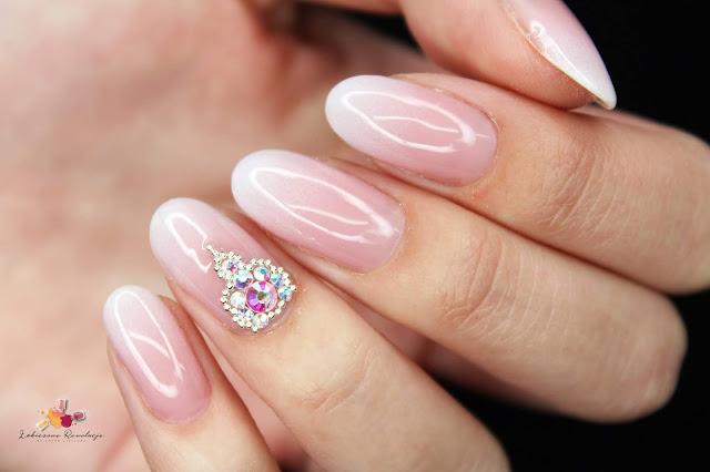 Victoria Vynn - Mega Base Pink, stylizacja ślubna