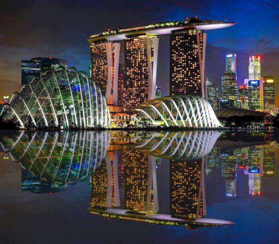 Passion for luxury marina bay sands hotel in singapore for Singapour marina bay sands piscine