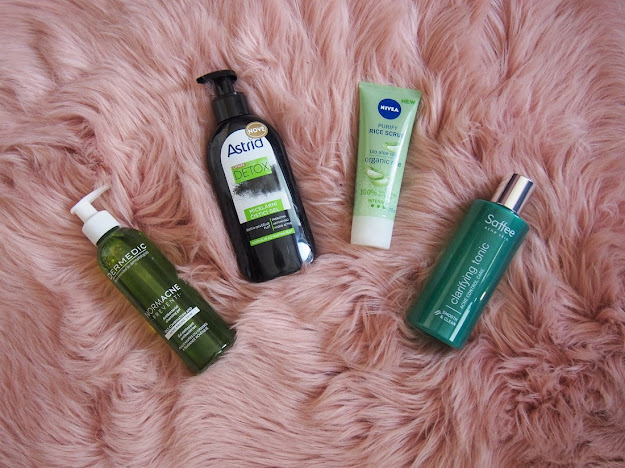čistiaca pleťová kozmetika