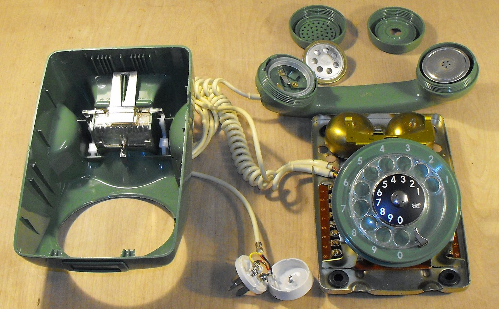 Rotary Phone Parts Diagram Fujitsu Wiring Exo Cruiser How A Dial Works 1 2