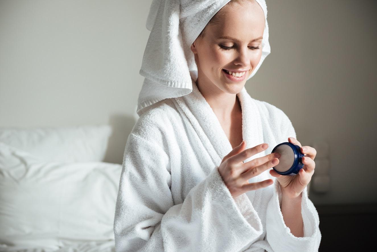 Jak dbać o skórę twarzy ?