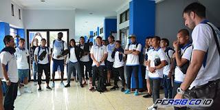 Persib Bandung Bawa 18 Pemain ke Markas Mitra Kukar Tanpa Atep dan Tantan