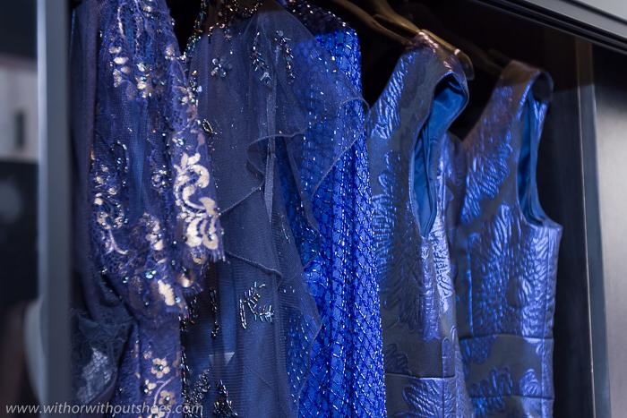 Vestidos de color azul boradados pedreria encaje