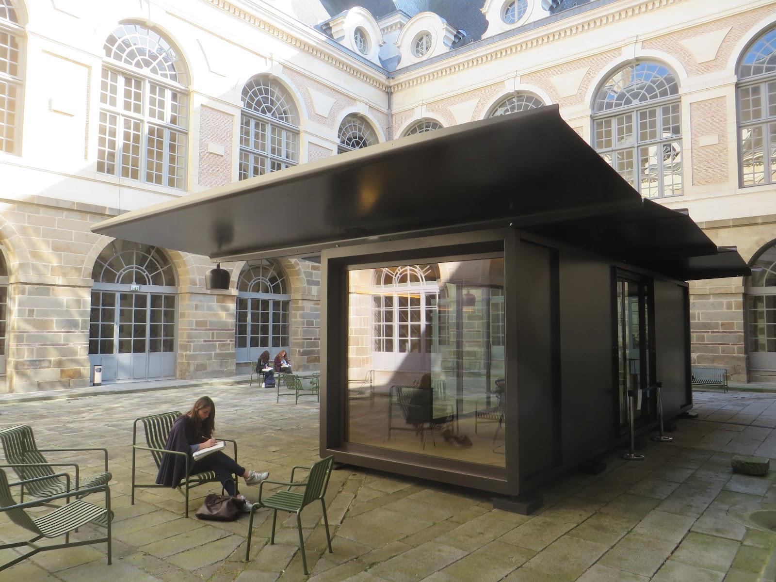 entrevoir kiosque ronan et erwan bouroullec. Black Bedroom Furniture Sets. Home Design Ideas