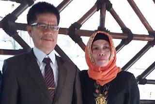Kepala Sekolah Belanda dari Indonesia