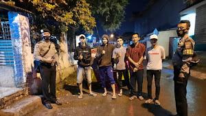 Unit Sabhara Polsek Banjaran Polresta Bandung Patroli Pendisiplinan Protokoler Kesehatan