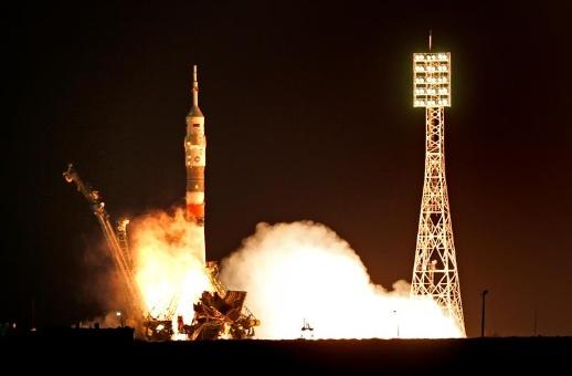 China concluye la más larga misión espacial tripulada
