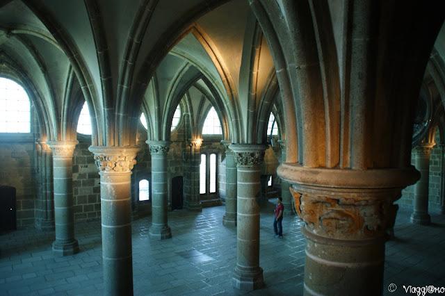 Gli splendidi e imponenti interni dell'Abbazia di Saint Michel
