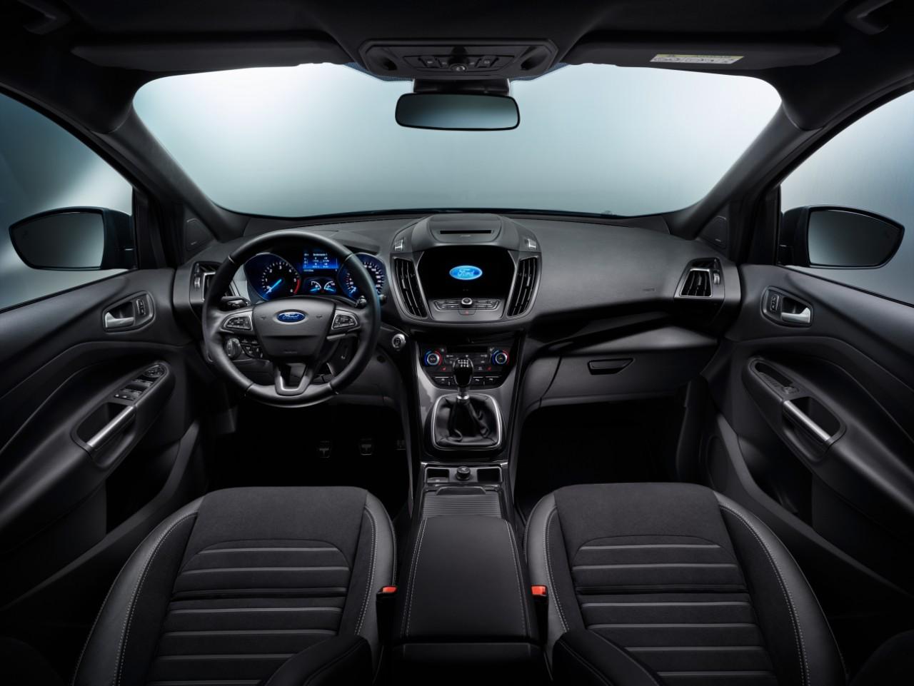 FORD KUGA MS Dashboard 05 FORD eciRGB Η Ford Αποκαλύπτει το Νέο Kuga με πληθώρα νέων τεχνολογιών και με νέο κινητήρα 1.5L TDCi diesel 120 ίππων