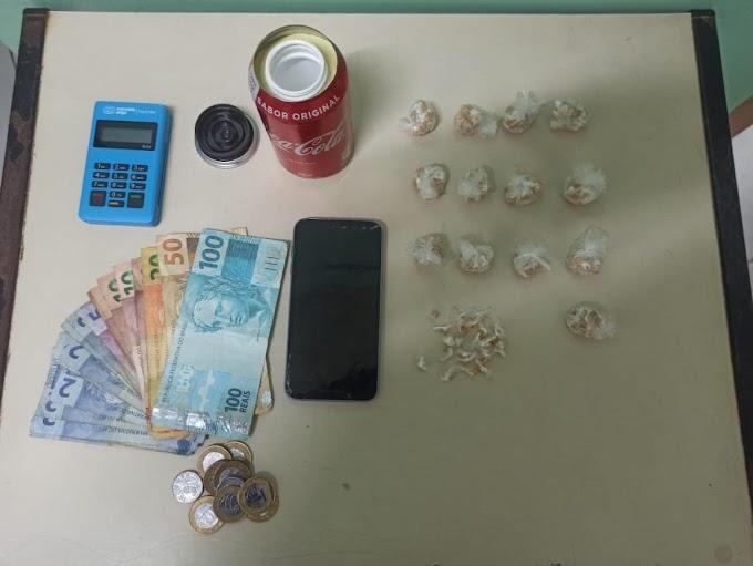 Casal é preso com 359 pedras de Crack em Cachoeirinha