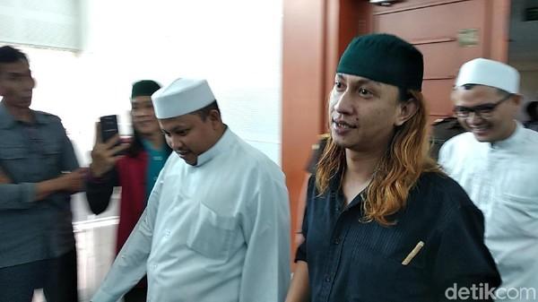 Saksi Sebut Sopir Taksi Online Diancam Dibunuh, Habib Bahar: Bohong Kamu!