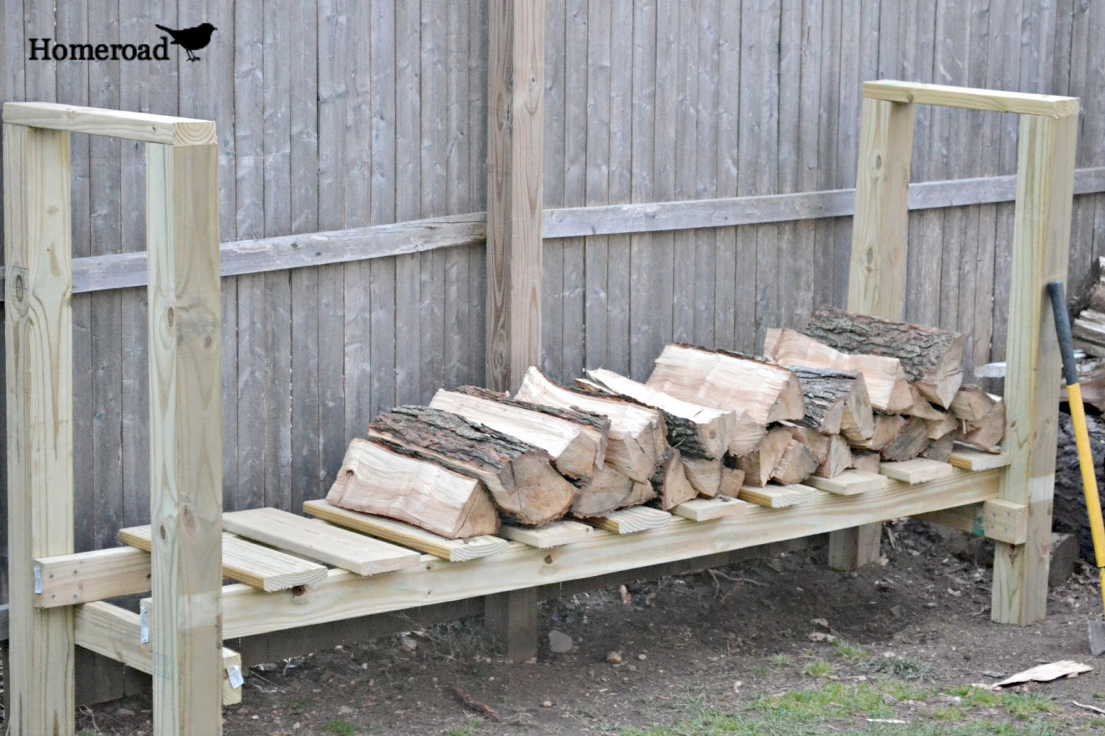 DIY Log Holder Homeroad