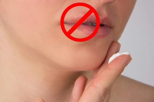 Cara untuk Menghilangkan Sakit Dingin Bibir Pecah-pecah