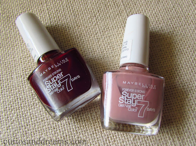 Maybelline SuperStay Gel Polish review, Maybelline SuperStay Gel Polish Rose Poudre review, Maybelline SuperStay Gel Polish Midnight Red review