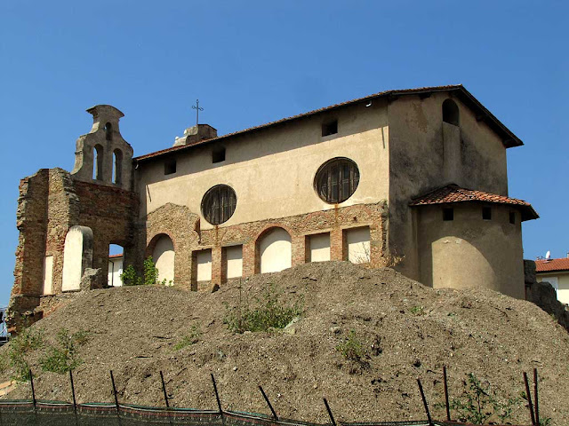 Luogo Pio, Pious Place, deconsecrated church seen from viale Caprera, Livorno