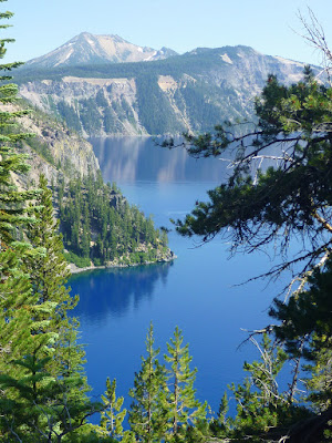 View of Crater Lake from Cleetwood Cove Trail
