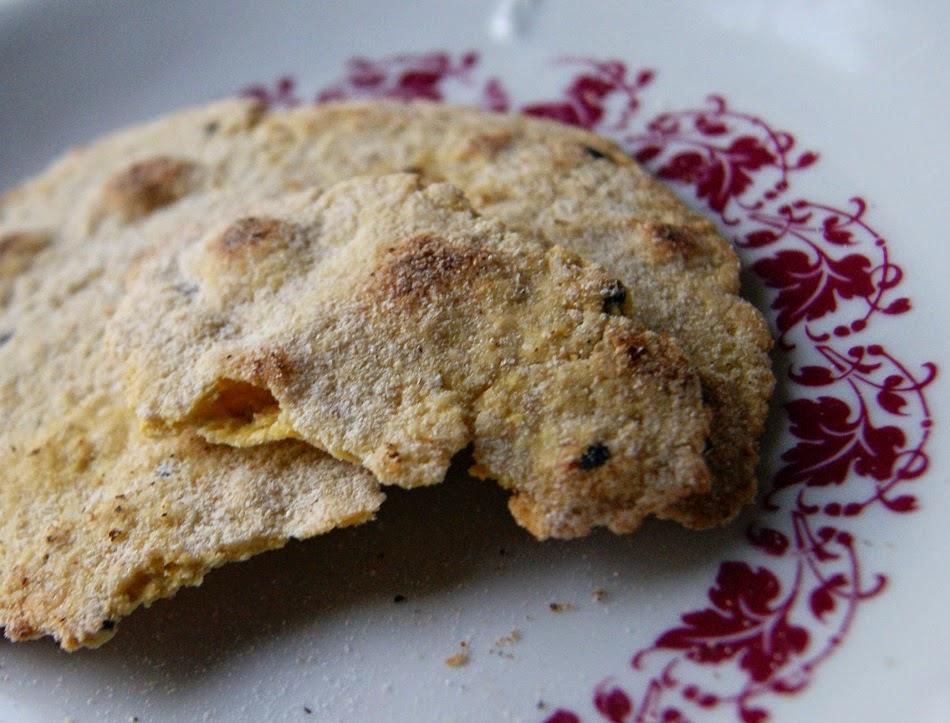 indyjskie chipsy z mąki z ciecierzycy