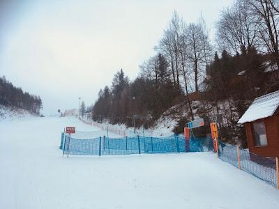Ośrodek narciarski Czorsztyn Ski, góra Wdżar, trasa niebieska nr 8